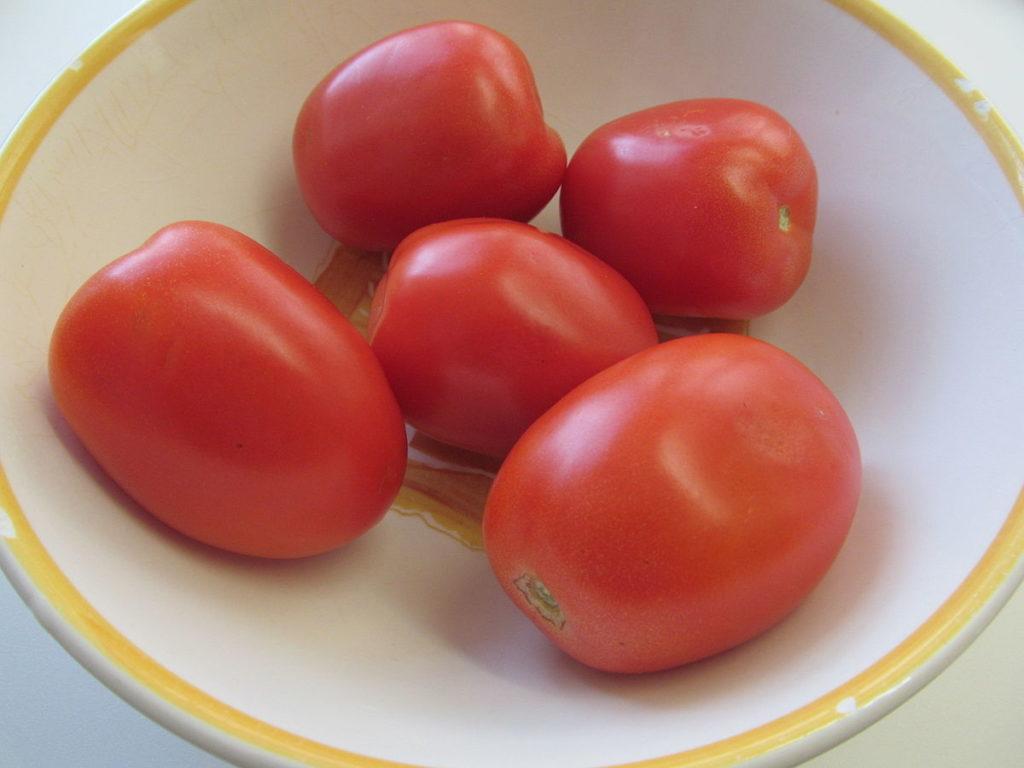 tomat plum